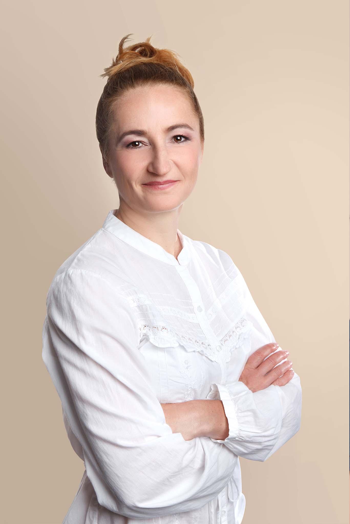 Dr. Horváth Katalin