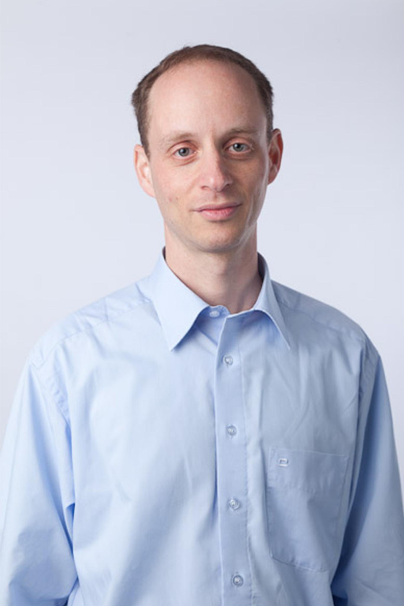 dr. Gáti Tamás